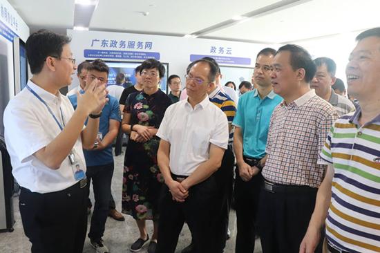 省监狱局政委张道坤率队赴数字广东公司调研交流