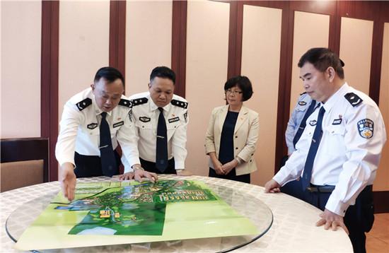 省监狱局局长李景言出席江门监狱挂职干部报到会,对下一步工作提出四点要求